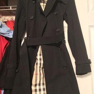 Brand New Burberry Navy Trench Coat jacket